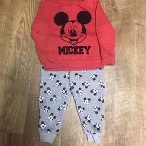 Disney Boy's Mickey Mouse Outfit Size 2T